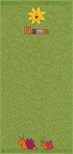 Rasende Schnecken auf moosgrün